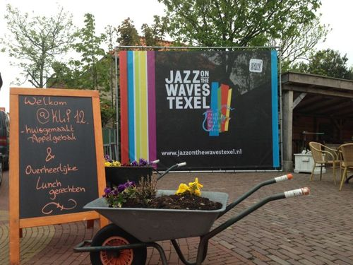 Jazz on the Waves